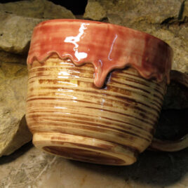 ceramic-mug-with-drips-bolgarovaceramics